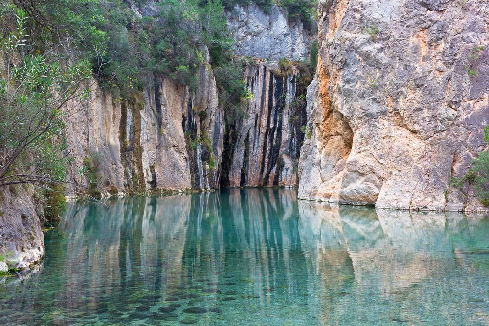 aguas-termales-en-medio-de-la-naturaleza
